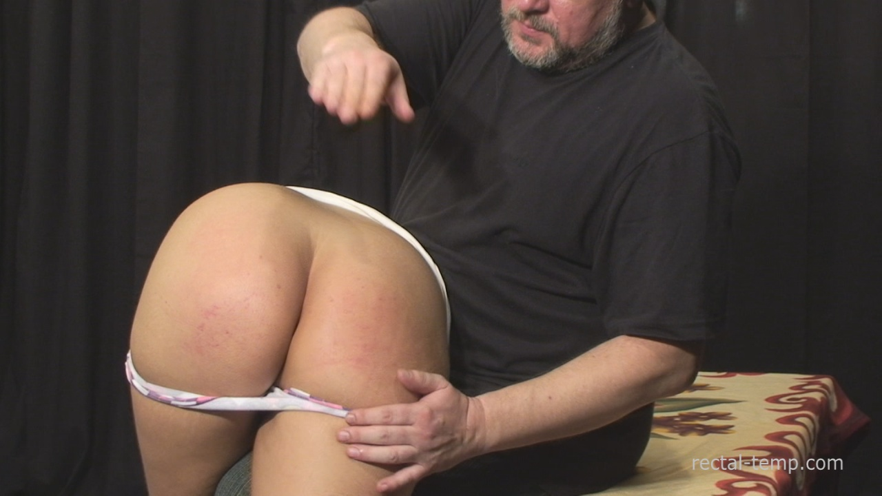 father hump naked daughter